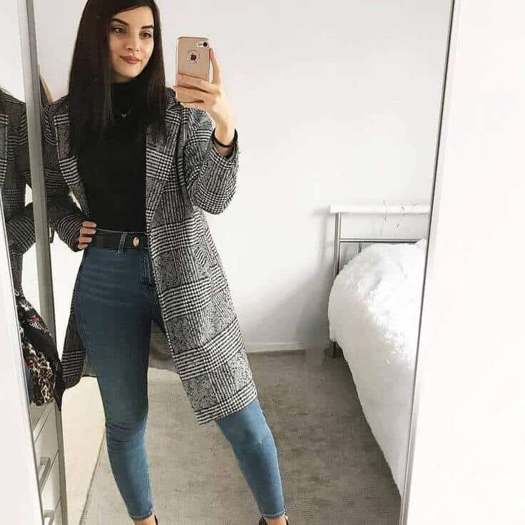 Fall - turtel neck top with jeans and coat