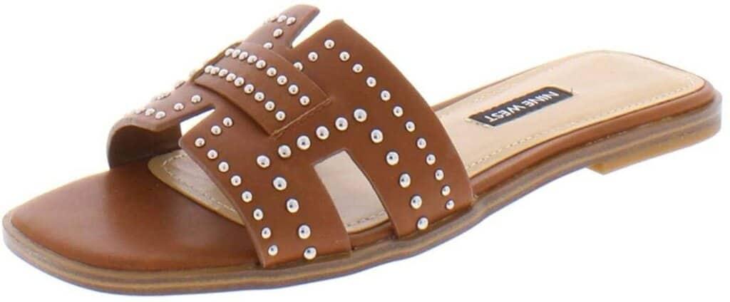 Brown hermes sandal dupe.