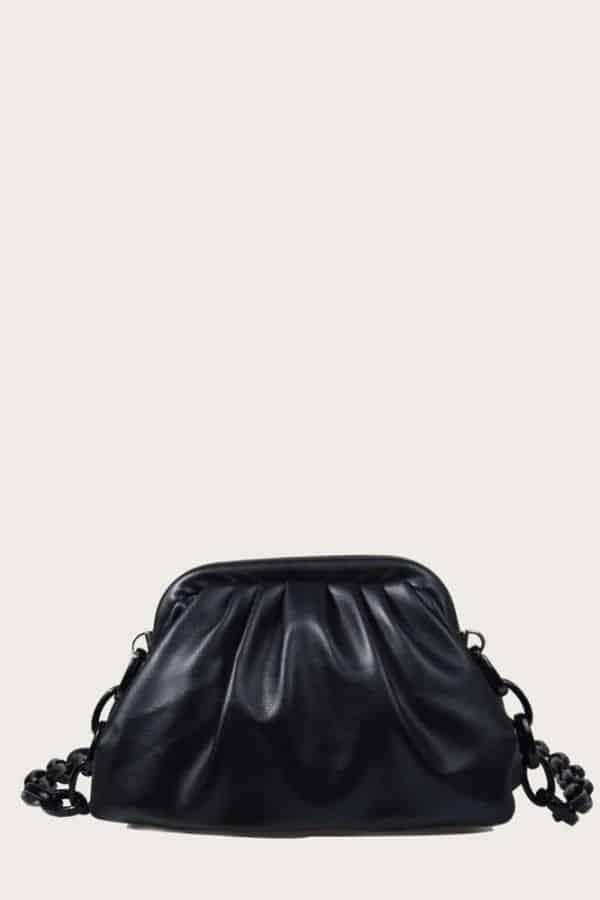 Black bottega veneta chain pouch dupe.