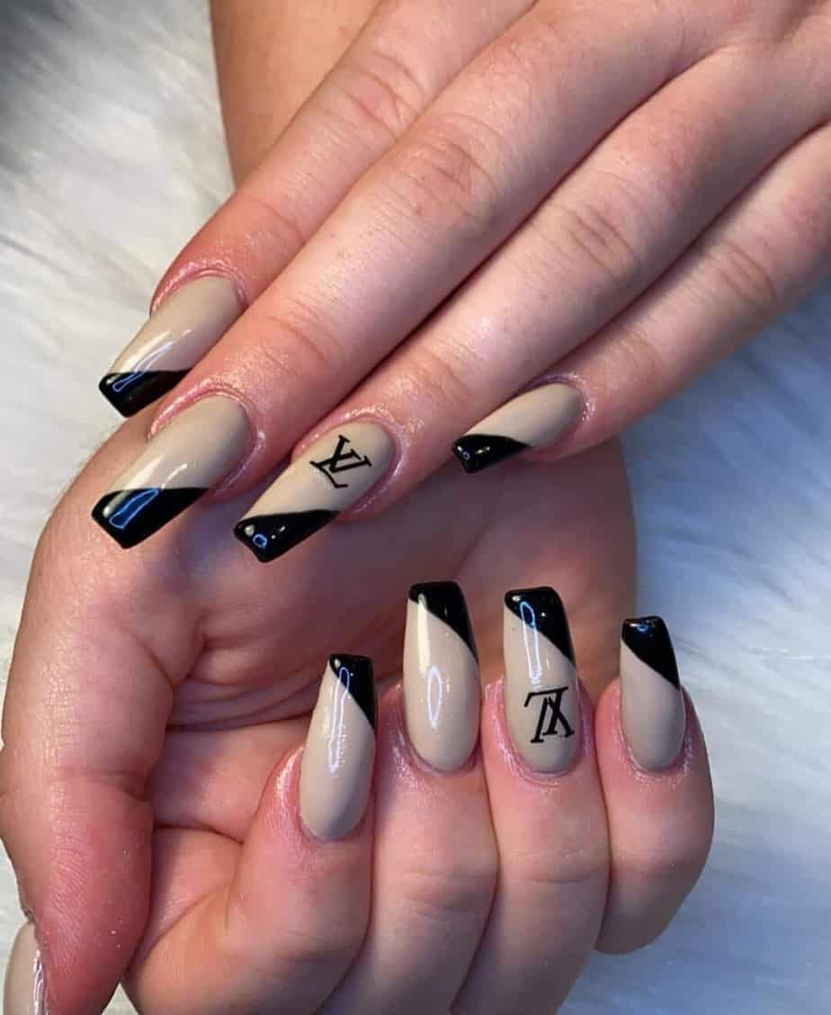 Luxury louis vuitton nails to have done at your next appointment. Louis vuitton nail designs are so sexy and creative. The designs you'll find here you're are sure to love.  Louis vuitton nails coffin | lv coffin nails, the most common shape for nails. Find many designs for lv acrylic nails with amazing lv nail art. Which lv nail art design will you choose? Long louis vuitton nails for lv design nails and louis vuitton coffin.