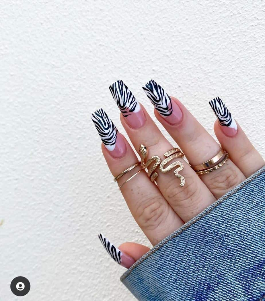 black and white nails marble