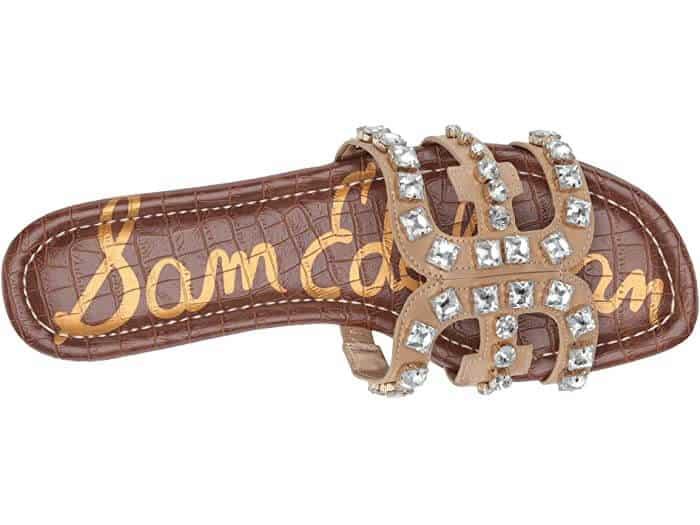 Brown hermes oran sandals dupe with sliver studs.