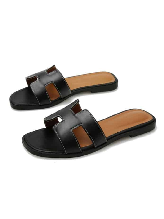 Black hermes sandals dupe and look alike.